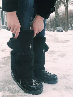 San Bodhi/® Winter Fashion Women Boot Covers/Furry Solid Color Faux Fur Soft Leg Warmers