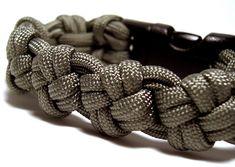 Stormdrane's Blog: Cross Knot Paracord Bracelet and Watchband...