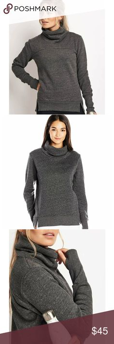 Alo yoga Haze Heather Grey Top Super soft fleece on the inside and elegant style on the outside, great for wearing over sports bras on way to the gym or over some cool jeans for a casual night out! No flaws, worn once! Last photo shows inside fleece material! ALO Yoga Tops Sweatshirts & Hoodies