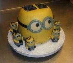 Minions Torte Minions, Cake, Desserts, Food, Sugar, Tailgate Desserts, Deserts, The Minions, Kuchen