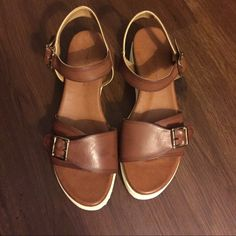 "Hotic Brown Sandals Size 39/9 Preloved! In good condition! Height measures approx 1 1/2"" Trades! Open to reasonable offers through offer button! Hotic Shoes Sandals"