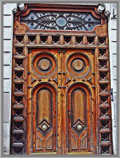 Church At San Juan Chamula 2 by Rachel Munoz Striggow Grand Entrance, Entrance Doors, Doorway, Knobs And Knockers, Door Knobs, Door Handles, Cool Doors, Unique Doors, Porches