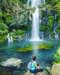 "Gefällt 1,310 Mal, 21 Kommentare - Ile de La Réunion Tourisme (@reuniontourisme) auf Instagram: ""Reunion Island has many beautiful waterfalls and cascades. This could be your view when you…"""