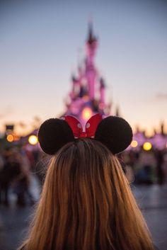 Magical sunset <3 Disneyland is the best at dusk #DisneylandParis #DLRP