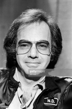 News Photo : Neil Diamond pictured in Los Angeles, Neil Diamond Songs, Neal Diamond, Diamond Music, Diamond Girl, The Jazz Singer, Diamond Picture, Famous Singers, Black Jewelry, Initial Necklace