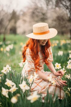 Glimpses of Spring - A Clothes Horse Model Tips, Princess Aesthetic, Models Makeup, Ginger Hair, Girl Photography, Spring Photography, Clothes Horse, Girl Photos, Model Photos