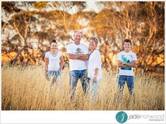 farm family of four photos natural rustic Fall Family Portraits, Family Portrait Poses, Family Picture Poses, Family Photo Sessions, Family Posing, Rustic Family Pictures, Adult Family Photos, Outdoor Family Photos, Fall Family Photos