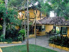 Casa Em Trancoso - Casa com 3500m2 de terreno e 250m2 de área construida. Localizado a 300m do quadrado, próximo de restaurantes, bares, shoppings e...