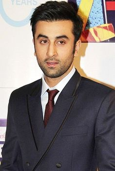 Ranbir Kapoor turns producer with Bombay Velvet!