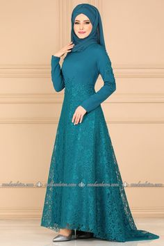 Dantelli Kuyruklu Abiye 5052AY342 Petrol The Dress, Dress Skirt, Simple Hijab Tutorial, Hijab Fashion, Fashion Dresses, Embroidery Suits Design, Silk Gown, Hijab Outfit, Diy Clothing