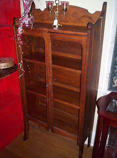 Delightful Small Antique Oak Curio Cabinet Great Condition