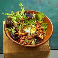 Lauwarmer Pfifferlingssalat mit Ziegenkäse