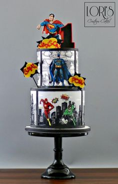 Supercool superhero cake by Lori's Custom CakesYou can find Superhero cake and more on our website.Supercool superhero cake by Lori's Custom Cakes Marvel Cake, Batman Cakes, Custom Birthday Cakes, Custom Cakes, Cake Birthday, 5th Birthday, Fondant Cakes, Cupcake Cakes, Avenger Cake
