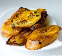 plantains.. or as we say in Costa Rica platanos maduros - great for breakfast or any time of the day!