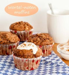 Wortel-noten muffins - Makkelijk en snel. Heerlijk bij een kop verse koffie of thee. #wortel #noten #muffin #muffins #walnoten #walnoot #kaneel #volkorenmeel #rozijnen #recept Carrot Muffins, Chocolate Chip Muffins, Baking Recipes, Cake Recipes, Healthy Recipes, Healthy Food, Sweet Cupcakes, Cupcake Cookies, Baking Bad