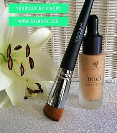 Perfect pair ❤️ Younique Touch Liquid foundation & liquid foundation brush.. Did you know Makeup brushes are the most important things in your makeup bag?! ⚠️   www.ssinchy.com