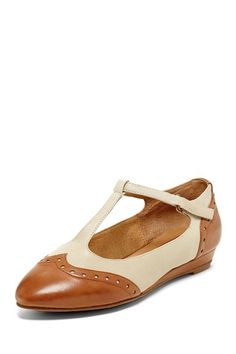 Patsy Wedge Flat (in whiskey) by Miz Mooz,  65$ from 109.95$ list =  41% off, on @HauteLook
