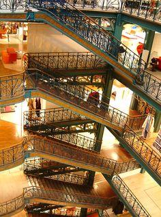 Escaliers de La Samaritaine - 77 Rue de Rivoli, Paris, aujourd'hui disparu !