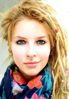 Everyone, I just got some amazing brand name purses,shoes,jewellery and a nice dress from here for CHEAP! If you buy, enter code:atPinterest to save http://www.superspringsales.com -   Thin blond dreadlocks.