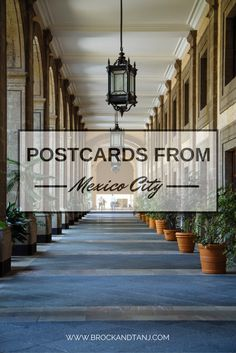 Travel guide for Mexico City.