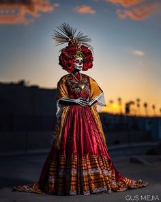 Day of the Dead Halloween Cosplay, Halloween Costumes, Anime Costumes, Halloween 2020, Halloween Ideas, Day Of Dead Makeup, Catrina Costume, Day Of The Dead Art, Mexico Culture