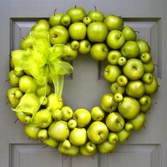 Deck the Doors: 10 Wreaths for Autumn Decorating