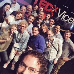 No one can resist the power of selfies...#giantselfie #needaselfiestick #fun #amusment #tedxvicenza #sponsor #office