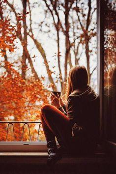 """""""Yaşım ilerledikçe, insanların ne dediklerine daha az dikkat eder oldum; Yalnızca ne yaptıklarını izliyorum."""""""