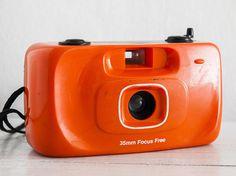Plastic Toy camera - functional vintage camera for lomography, 35mm film analog point&shoot wide 35mm prime lens, Mechanical + Handstrap!