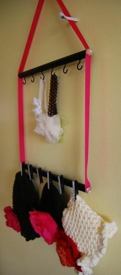 $5.00 DIY 3 in 1 Accessory Holder~ Organizes Headbands, Hats and Hair Bow clips!!