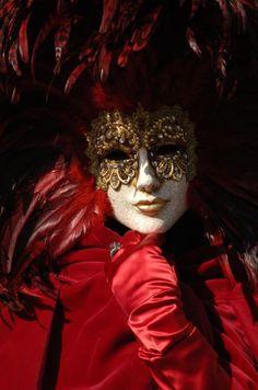 6664d1324522881-galeria-de-mascaras-carnaval_venecia-640x640x80-2.jpg (424×640)