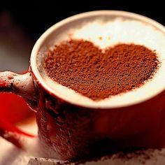 Heart. Stencil coffee. Art.  http://loover.fr