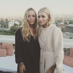 Mary-Kate and Ashley Olsen With Blonde Hair | July 2016