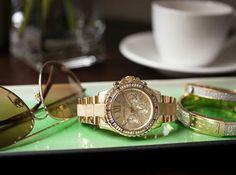 Skvelá  voľba. Šperk značky Michael Kors. http://www.1010.sk/c/damske-hodinky-michael-kors/