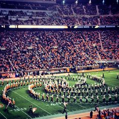 Famous Circle Drill. Tennessee Volunteers. #Vols