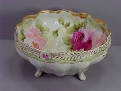 Beautiful NIPPON Scalloped Footed Deep Bowl - Handpainted ROSES - Blue Mark 52