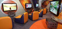 Paradise Island's Gamers' Dream Game Room 6 Game Room Chairs, Game Room Bar, Gaming Lounge, Gaming Room Setup, Basement Games, Basement Ideas, Bar Deco, Atlantis Bahamas, Man Room