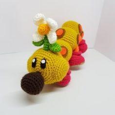 Wiggler Super Mario - free crochet pattern from One's Creative Mind Super Mario Free, Crochet Super Mario, Double Crochet, Single Crochet, Free Crochet, Crochet Hats, Felt Glue, Yarn Needle, Yarn Colors