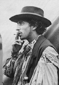 Gypsy man of the Roving Roma .looks very like Rick Danko of The Band, Gypsy Men, Gypsy Life, Gypsy Soul, Bohemian Gypsy, Gypsy Decor, Gypsy Caravan, Gypsy Wagon, Gypsy People, Gypsy Culture