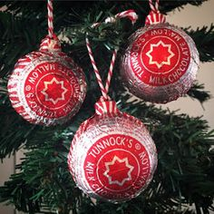 Foodie Quine: Tunnock's Teacake Christmas Tree Baubles