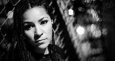 Es muy raro saber que el nombre de nuestro país, se encuentra en un festival musical tan importante como el, SXSW, celebrado todos los años en Austin, Texas, Estados Unidos. Pues el sueño de presentarse en el exterior, se le cumplió, a la rapera venezolana Gabylonia y el compositor de música electrónica, Algodón Egipcio, que…