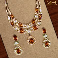 Enamelled Polki necklace set with yellow citrine stone. #MBj #Luxury #Desirable #Traditional #JewelleryLove #Necklace #Polki #Enamel #Citrine #Earrings