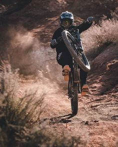 MTB Dating is the dating site for singles with a passion for mountain biking. Shred the mountain bike trails together; Mountain Biking Women, Mountain Bike Trails, Downhill Bike, Mtb Bike, Downhill Mountain Bike, Montain Bike, Mountain Bike Accessories, Mountain Bike Helmets, Bike Photography
