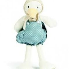 This little soft toy duck by Ragtales is adorable. Buy your Ragtales Patsy the Little Duck now at The Toy Centre Little Duck, Little Girls, Pet Toys, Doll Toys, Girl Gifts, Baby Gifts, Yellow Animals, Baby Presents, Thing 1