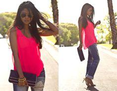 Zara Neon Pink Top, Machine Destroyed Jeans, Lauren Merkin Allie Clutch, Unknown Skull Bracelets