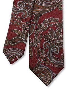 #BRAnnaK #BananaRepublic | Paisley wool skinny tie - Traditional designs, but oh so cool right now; beautiful colour adding vibrancy and a completed look to any suit and jacket combo.