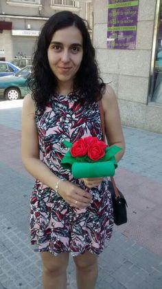 Tienes que hacer un regalo? #monekiños Fofuchas por encargó. 100% artesanales y personalizables, el regalo perfecto en cumpleaños, comuniones, bautizos, bodas o para cualquier evento. Información sin compromiso, realizamos envíos a toda España.