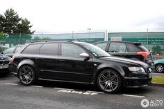 Audi RS4 Avant B7 2