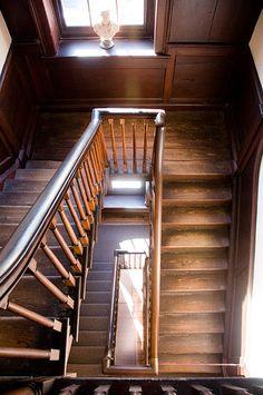 "fycharleston: "" The Heyward-Washington House 87 Church Street "" ❤ Vermont, Double House, Washington Houses, St Trinians, The Secret History, Stairway To Heaven, Stairways, Charleston, Decoration"
